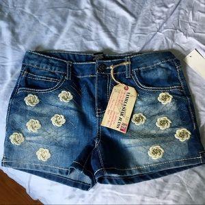NWT Vanilla Star Blue flower girls jean shorts